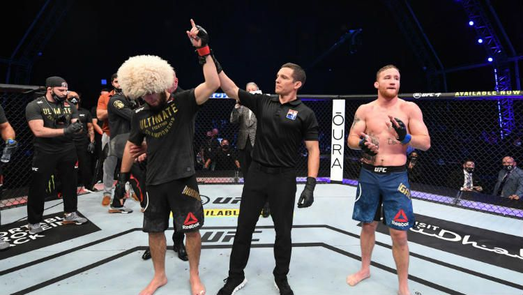 Hasil UFC 254: Kalahkan Gaethje di Ronde Dua, Khabib Langsung Putuskan Pensiun