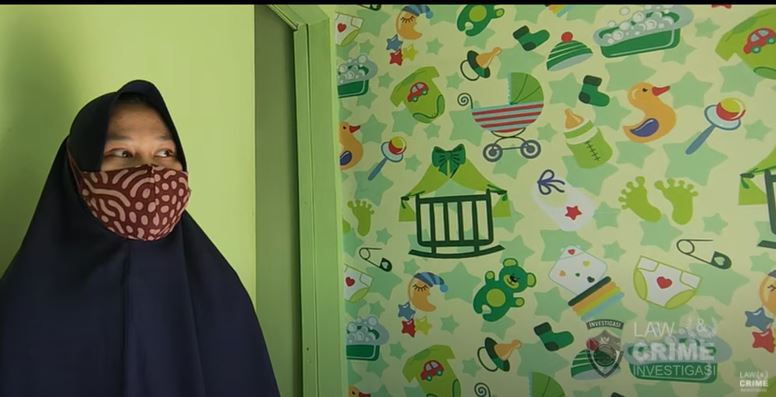 Melahirkan Dirumah Seorang Ibu dicianjur Kena Denda Rp.850.000